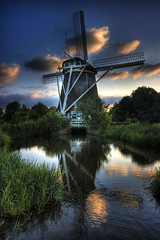 Windmill at the Amstelpark (Raf Ferreira) Tags: holland netherlands windmill canon rebel europe rafael hdr amstelpark ferreira peixoto xti 400d
