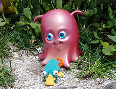 Perry and Pearl (Kiyone Katz) Tags: nemo pearl perry platypus perrytheplatypus