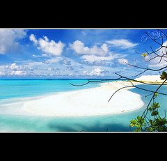 Piece of the Paradise , on Earth!! (Naj ( Desired Hopes  )) Tags: love beach nature beautiful beauty proud clouds canon wonderful paul photography paradise underwater view place sandy country blues front explore page beaches while maldives wink frontpage wonders homeland pp addu naj hithadhoo najy sx110 beahces