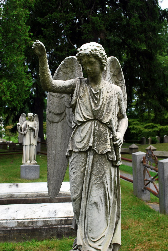 Delavan Gravesite Angel
