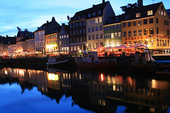 Copenhagen - Nyhavn blue hour reflections (Osthollnder) Tags: summer reflection colors silhouette night copenhagen geotagged denmark boats nyhavn colorful nightshot nacht sommer july boote bluehour juli dnemark danmark kopenhagen 2009 farben reflektion nachtaufnahme babymomma challengeyouwinner friendlychallenge thechallengefactory