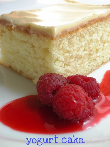 yogurt cake with red currant-raspberry sauce