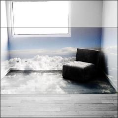 fauteuil-nuage (yonaelig) Tags: ciel nuages decor rve
