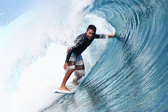 Fun, action & adrenalin while surfing the waves at Teahupoo, Tahiti. (cookiesound) Tags: surfing tahiti teahupoo frenchpolynesia wave cookiesound man tube blue canon canoneos20d trip holiday vacation travel travelling surfer surfboard wavesurfer waves barrel people surfingtahiti surfingteahupoo surferteahupoo surf surfculture wavesurfing waveriding peoplesurfing surfingphotography surfphotography surfphoto surfingphoto surfpicture surfingpicture surfphotographer water ocean sport extremesport action sportaction sports bigwavesurfing bigwaves hugewaves men poeple life urlaub reisen reisetagebuch reisebericht reise canoneos travellingtahiti travellingfrenchpolynesia dennistihara photography ridingteahupoobarrel barrelriding hugewave travelphotography reisefotografie travelphotos travellifestyle traveldiary nisamaier ulrikemaier tubesurfer tubesurfing