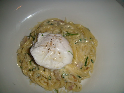 Spaghetti carbonara with guanciale and poached egg