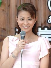 2005.08.20 小林麻央 04