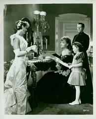 Anna Karenina (1935) (Susanlenox) Tags: cinema film movie still cine hollywood actress mgm sweeden gretagarbo actriz annakarenina clarencebrown fredrichmarch