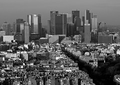 Forbidden city   (Candice BostYn PhotographY) Tags: city blackandwhite paris tower tour power noiretblanc ciudad business ville asnires ladfense saintcloud puteaux pouvoir colombes affaires neuillysurseine