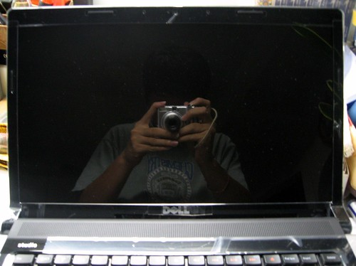 "15.6"" widescreen display"