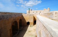 Castello Maniace (Mini Mel) Tags: italy castle italia day citadel clear syracuse sicily fortification castello sicilia siracusa ortygia siracuse castellomaniace