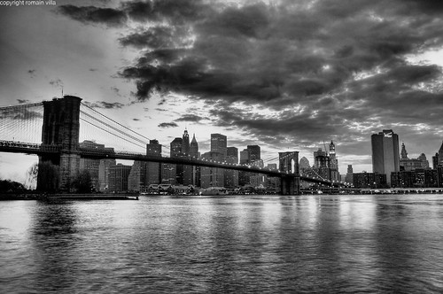 black & white sunset over manhattan