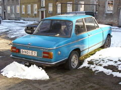 BMW 1502 (magro_kr) Tags: auto blue winter snow car poland polska bmw vehicle oldtimer zima niebieski gdansk danzig śnieg gdańsk samochod samochód pomorze snieg wrzeszcz pomorskie langfuhr pojazd e114