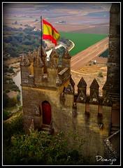 rase una vez... (Doenjo) Tags: espaa geotagged andaluca crdoba castillos pentaxoptio33l almodovardelro castillodealmodovar doenjo retofs1 lmdd
