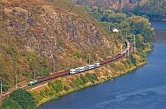 122, 471+971, e (satanclause) Tags: train republic czech railway cargo vltava 122 971 471 vlak esk drhy eleznice eus hlink nkladn e povltav