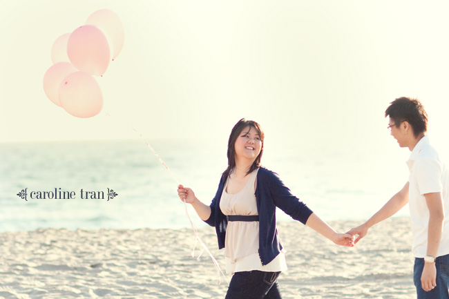 malibu pink balloon engagement photo 03