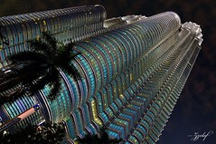 KLCC MALAYSIA (zzclef) Tags: tower nikon petronas twin malaysia kuala klcc lumpur d300 18200mm