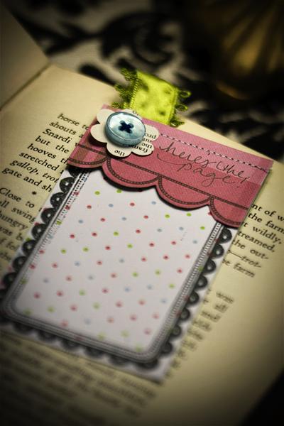 Scallop book mark