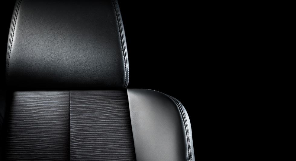 Premium leather-trimmed seats Mazda 6