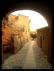 Pueblo de Miravet (le8al) Tags: history town spain stones pueblo knights piedras templars templarios miravet batles batalladelebro