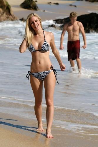 Heidi Montag bikini photo