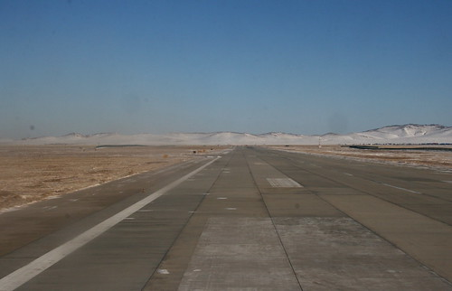 Manzhouli Runway (by niklausberger)