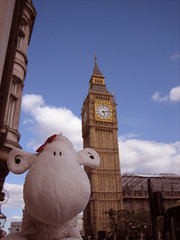 Big Ben (Shaun_Sheep) Tags: london sheep bigben clocktower shaun ldn conquered wtd mrshaunsmrfoxsandmrspbsworlddominationtour