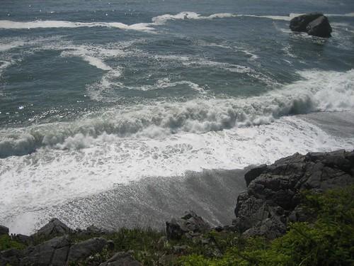 Big waves here