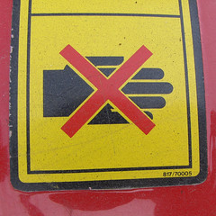 (Leo Reynolds) Tags: sign canon iso100 is hand powershot 5mm f40 signsafety 0006se