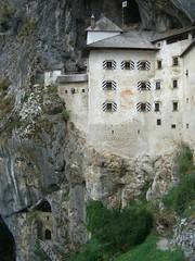 PREDJAMA 09-09-2009 (CLAUDIO 49) Tags: slovenia castello grotta rifugio bandito predjama predjamskigrad lueghi erasmolueger castellidellaslovenia