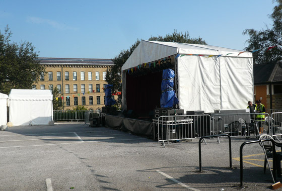 The Piazza stage looking nice and quiet, not for long!