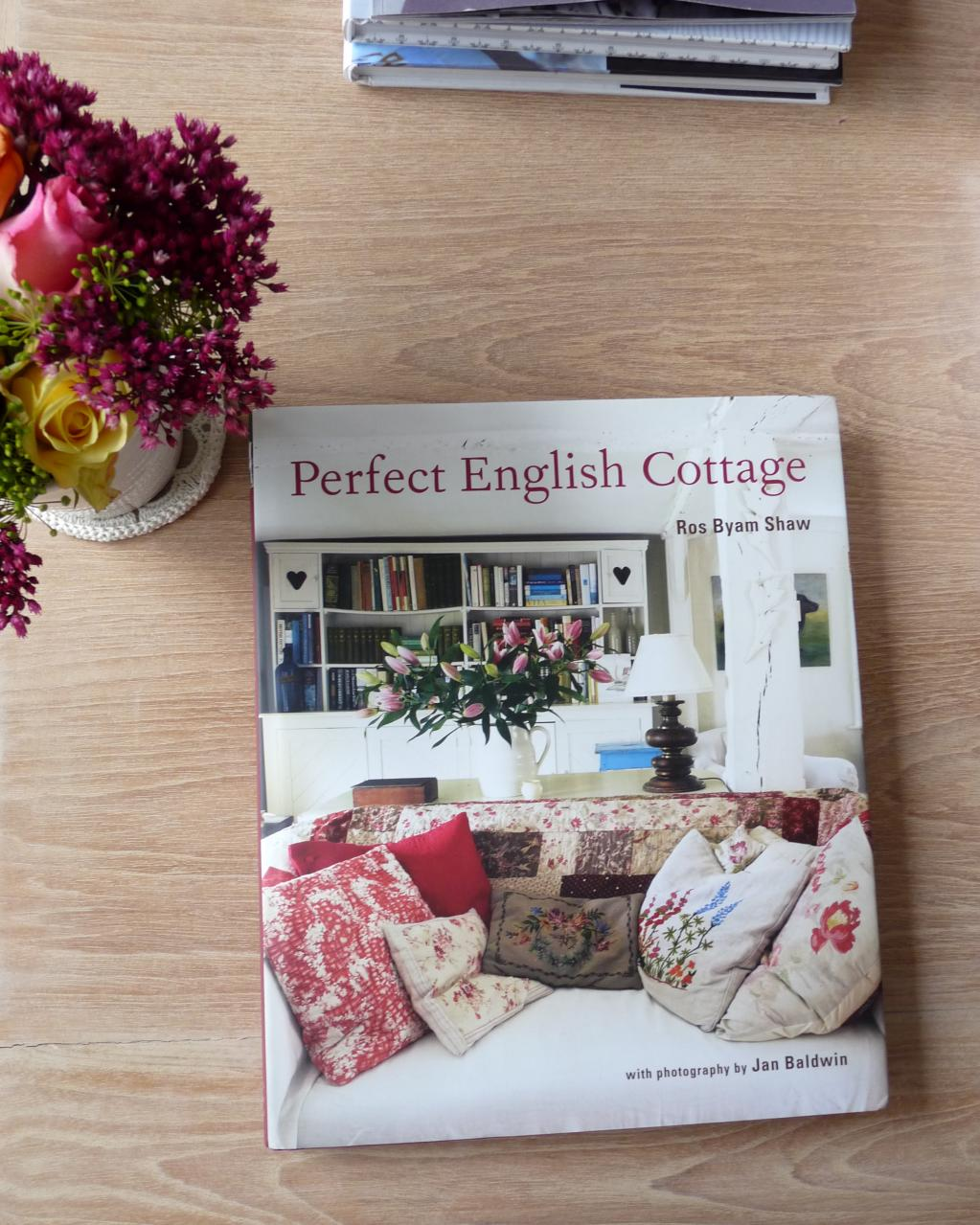 Book Review: Perfect English Cottage