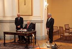 Ορκωμοσία του νέου Πρωθυπουργού Γιώργου Α. Παπανδρέου  by ΠΑΣΟΚ