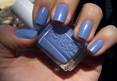 essie polish - lapiz of luxury