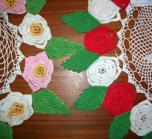 Doilies with leaves
