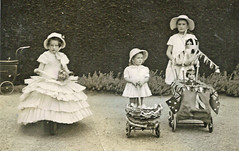 Decorated prams etc at Mrs Burnell's Garden Party in Castlemaine, Vic in 1940 (HistoryInPhotos) Tags: doll tricycle flag 1940 australia victoria crown castlemaine thompsons pram pusher crinoline fricke burnell centralvictoria thompsonsfoundry thompsonsengineering