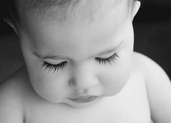 Miss Livi's wet eyelashes