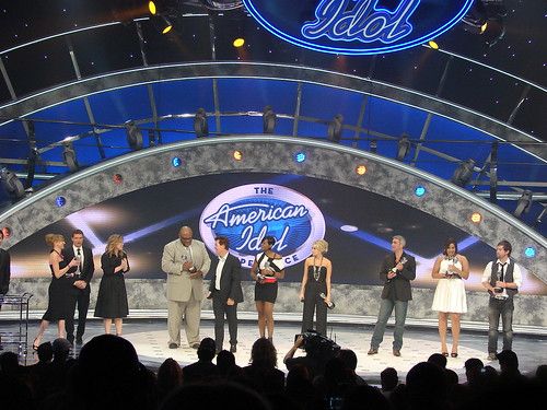 The seven Idols receiving their silver microphone trophies. Photo by Mark Goldhaber.