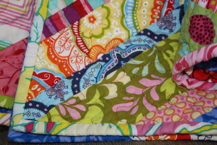 twin fibers: Bright colored scrappy quilt - finished! : bright colored quilts - Adamdwight.com