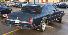 1987 Cutlass Supreme 2 door (carphoto) Tags: 1987 oldsmobile 2door cutlasssupreme 1987oldsmobilecutlasssupreme ajaxcruisecanadiantire2009 richardspiegelmancarphoto