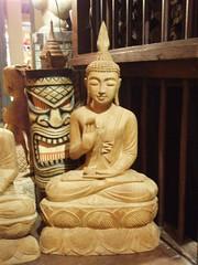 Thaise Boeddha teak hout (houtsculptuur) Tags: beelden hout beeld houten beeldje houtsnijwerk houtsculptuur