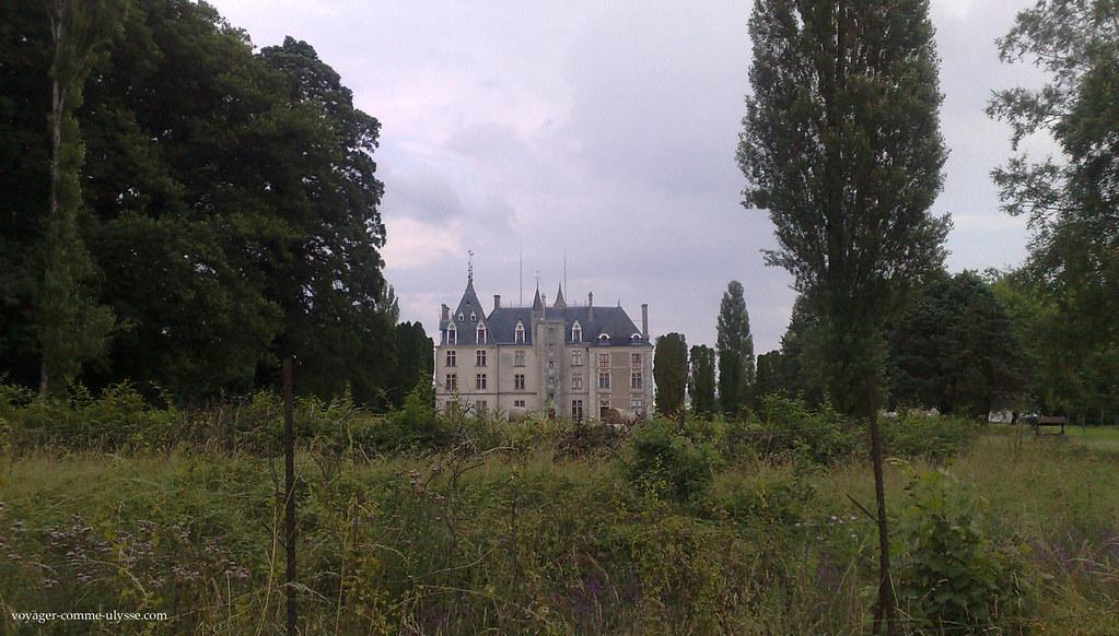 Le Château de Maupas, inséré dans la nature