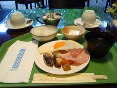 ... (NanakoT) Tags: hotel keio