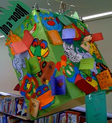 Book safari decorated box by 5B