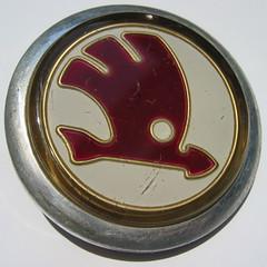 Skoda glass emblem - 1955 (baga911) Tags: czech ornament badge czechoslovakia skoda škoda spartak závody boleslav mladá automobilové