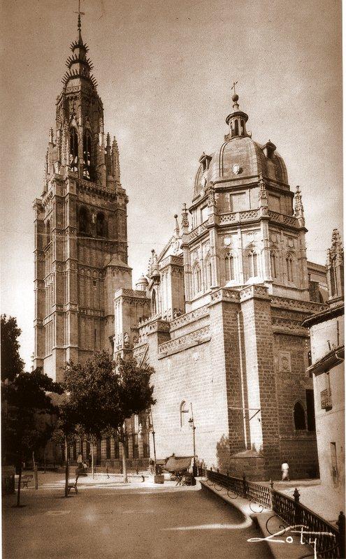 Catedral de Toledo a inicios del siglo XX. Foto Loty