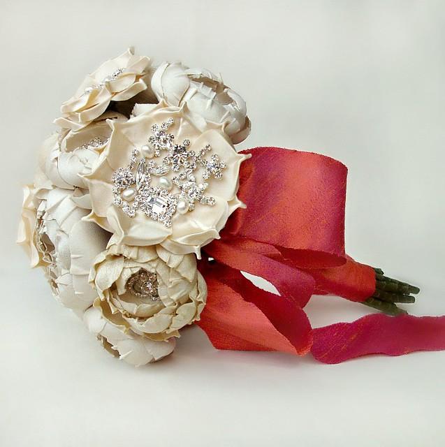 bouquetcreamcoralweb2