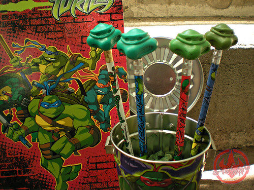 "Ralston ""Teenage Mutant Ninja Turtles"" Cereal - '$100,000 in COLLEGE SCHOLARSHIPS!' // TMNT CHARACTER ERASERS i (( 1991 ))"
