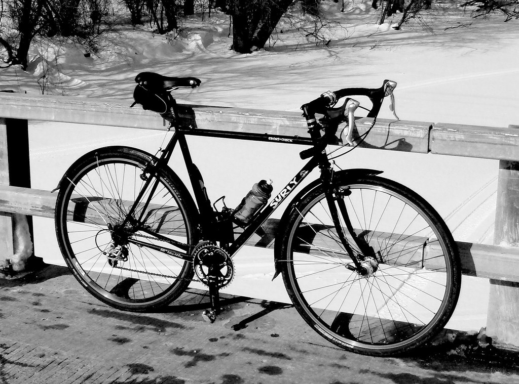 black bike~ fox river