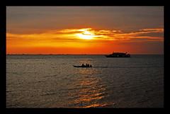 Finishing Without Sinking (maraculio) Tags: sunset orange art yellow race wow bay boat ship you philippines champion can finish manila moa sunrays without sinking finishing pinas artphotography esem alab mallofasia 2ndphotowalk maraculio kristianongpinoy ipinas