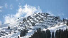 Lawinenverbauung (jens.lilienthal) Tags: schnee mountain snow mountains berg austria tirol österreich berge avalanche lawine lechtal gipfel holzgau lawinenverbauung lawinen bezirkreutte